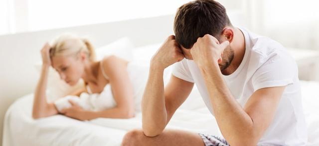 Как женщина может помочь мужчине при импотенции?