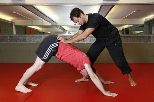 Пресс и потенция: польза качания для мужской силы