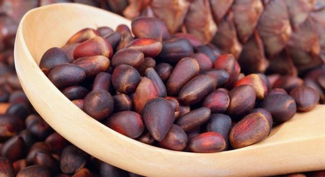 Кедровые орехи: польза и вред для мужчин для потенции