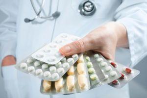 Как медикаментозно повысить тестостерон у мужчин: лекарства и препараты